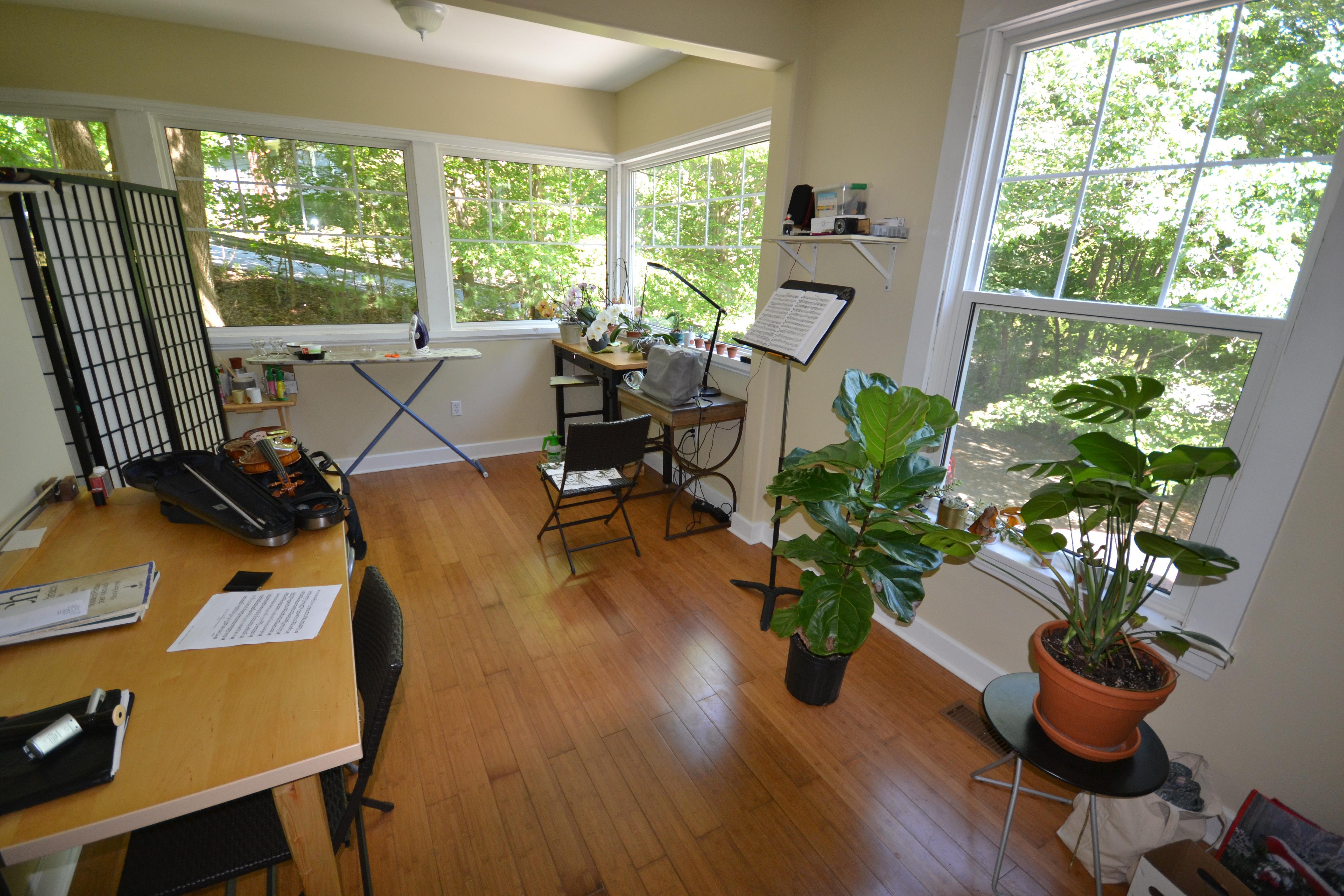 rental properties in halifax nova scotia gradpads. Black Bedroom Furniture Sets. Home Design Ideas